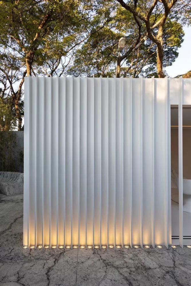 2个集装箱拼成一室一厅,60㎡的极简白实在太美了!_29