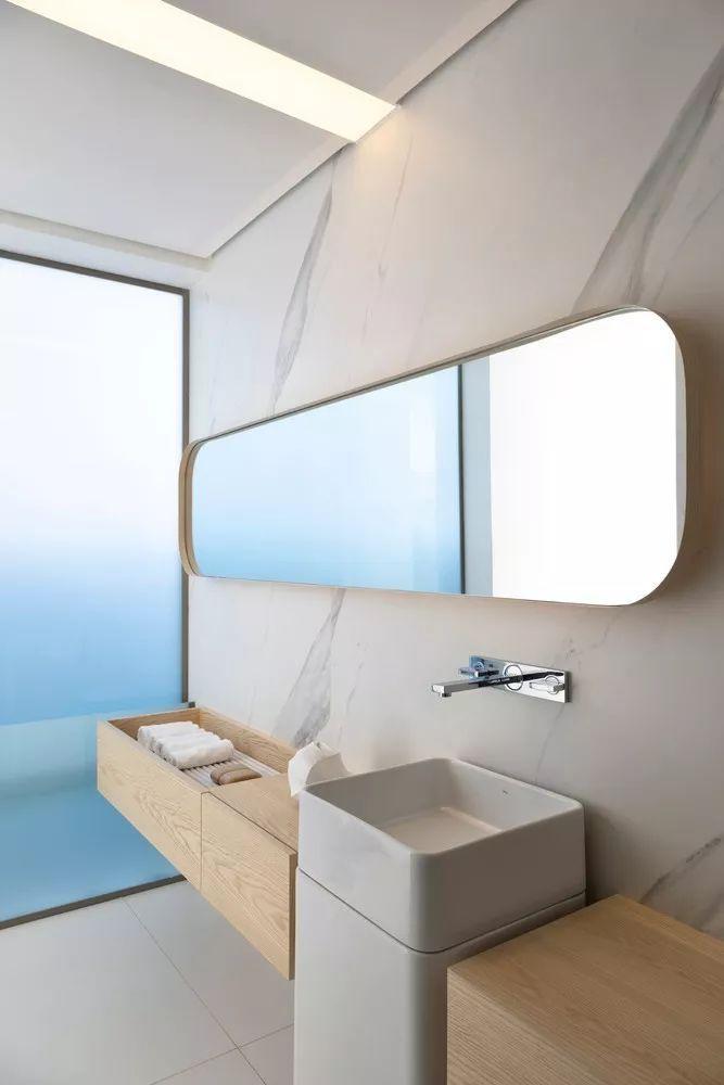 2个集装箱拼成一室一厅,60㎡的极简白实在太美了!_25