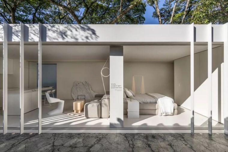 2个集装箱拼成一室一厅,60㎡的极简白实在太美了!_17