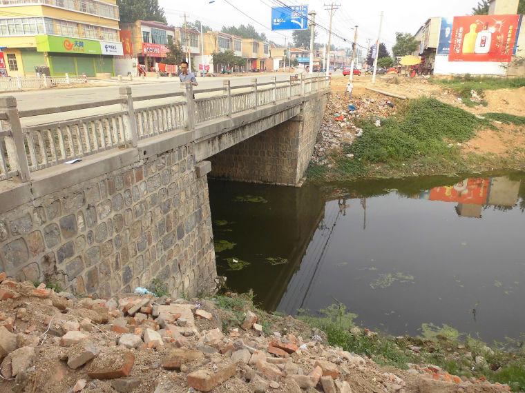 小镇空心板老桥拆除技术方案及施工顺序