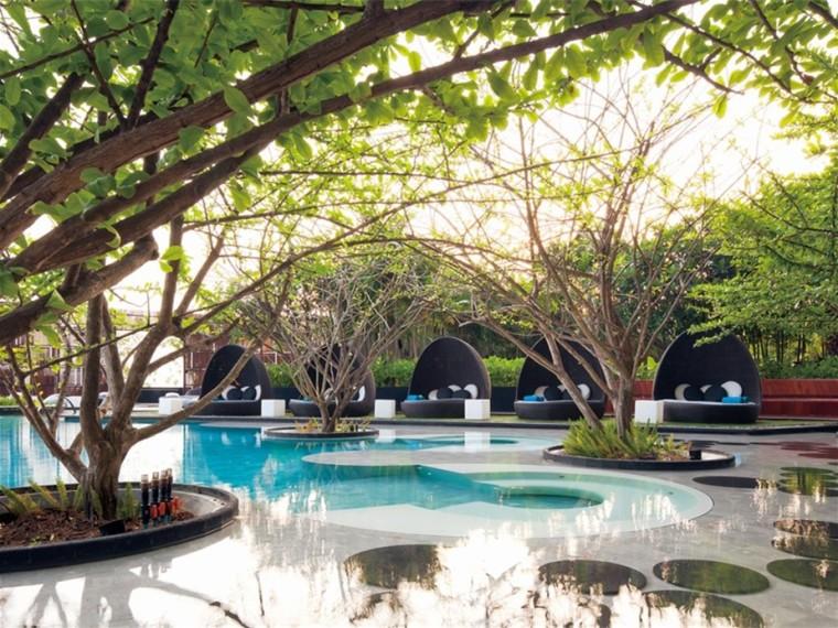 泰国芭堤雅希尔顿酒店庭院