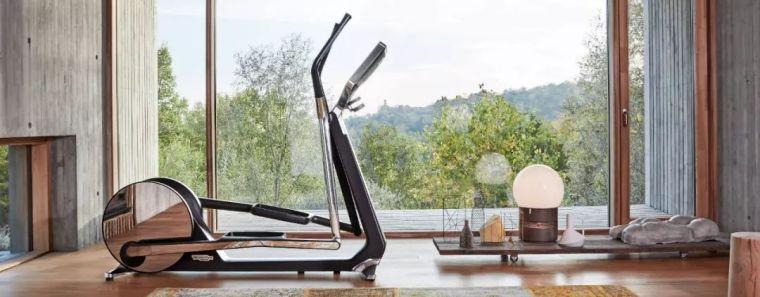 """在家锻炼成为新时尚?5个tips打造属于自己的""""健身房"""""""