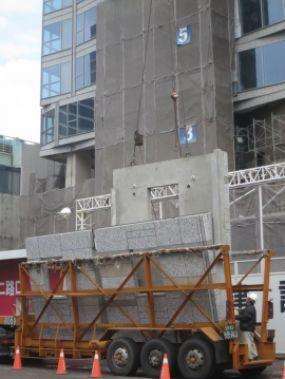 """胡育科:从外墙板的吊装看钢结构住宅的""""门道"""""""