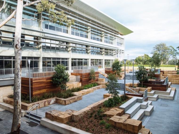 澳大利亚圣依纳爵学院特里庭院景观