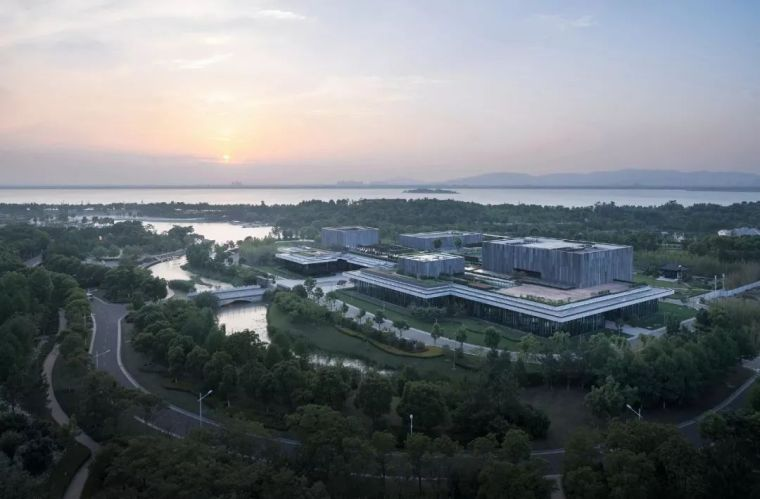 消隐,唐仲英基金会中国中心——浙江大学建筑设计研究院