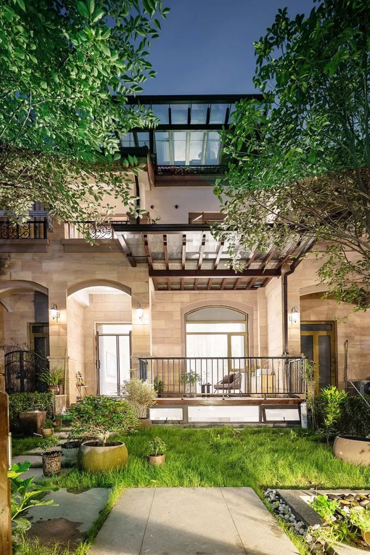 400㎡东方艺术别墅设计,把自然和光搬到了家!