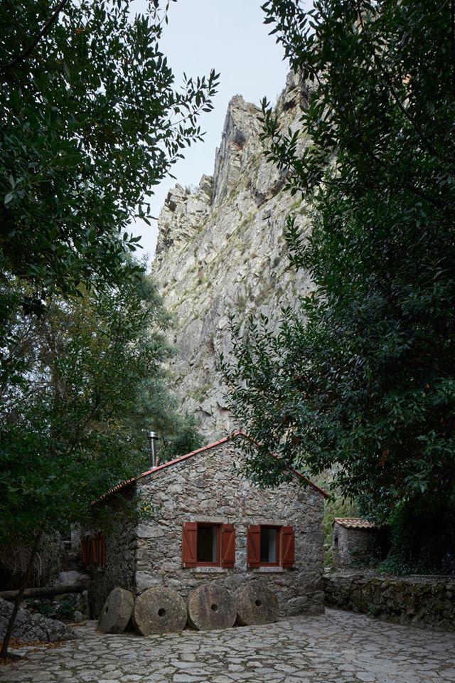 有意思的民宿|悬崖边的水磨坊民宿