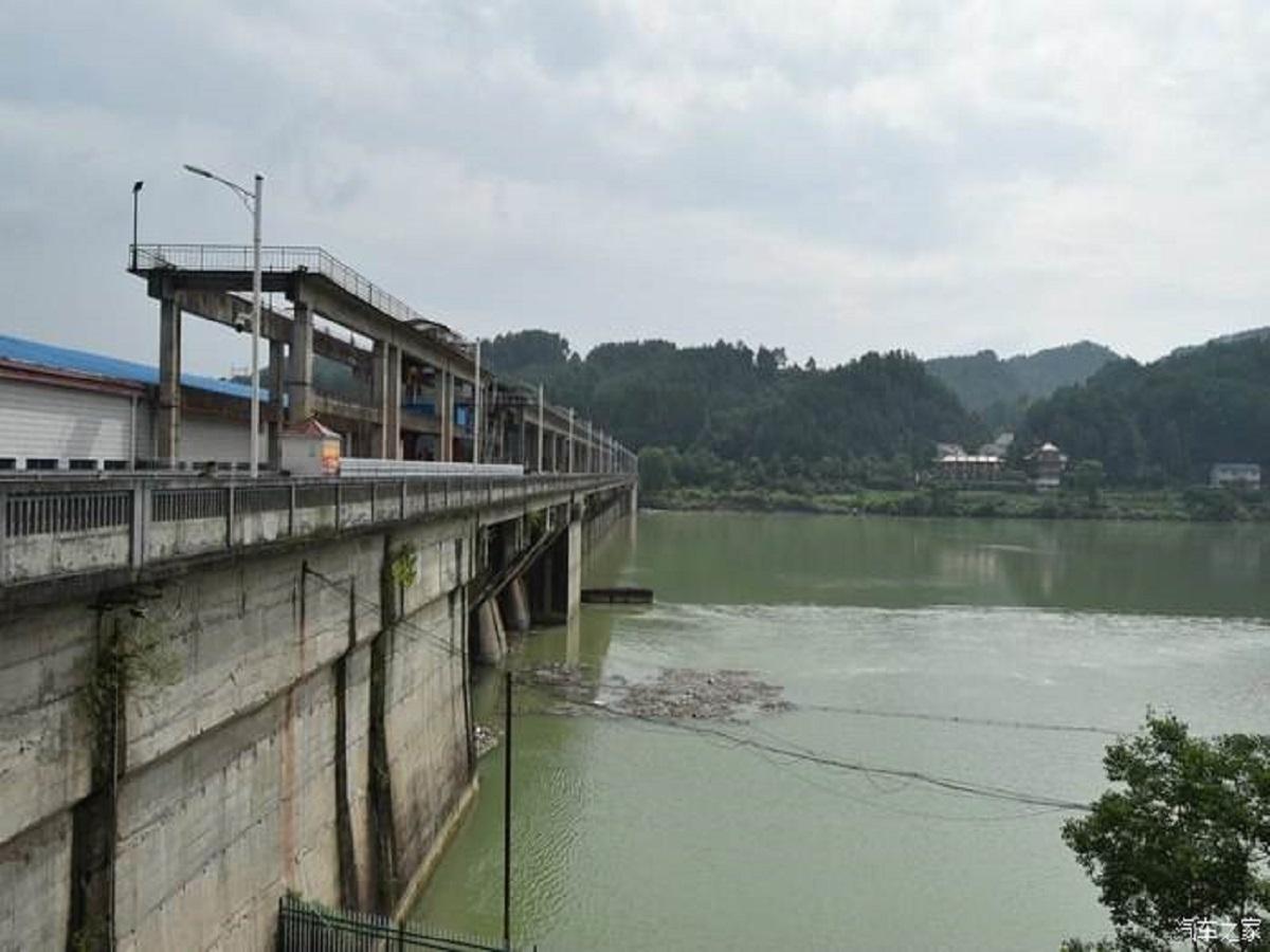 电站拦河大坝砼工程施工方案