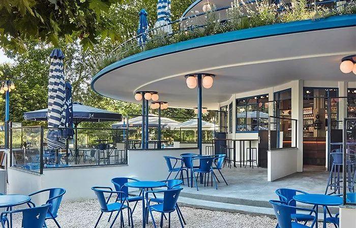 旋转木马般的游乐氛围-BlauweTheehuis酒吧餐厅,阿姆斯特丹