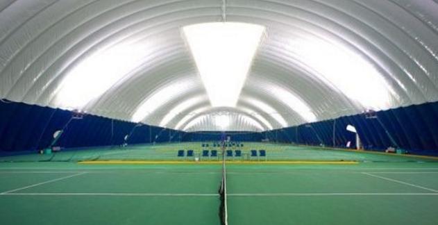 恒温恒湿的气膜网球馆