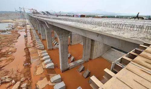 提高桥梁混凝土外观质量的措施