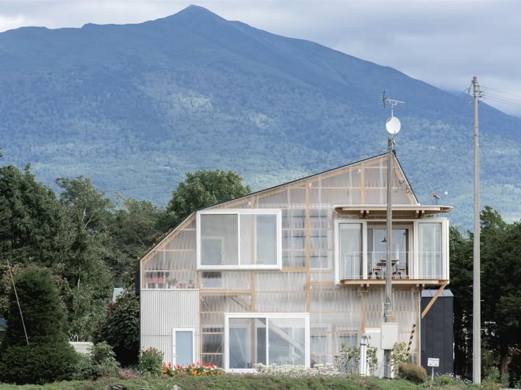 日本变形屋顶住宅