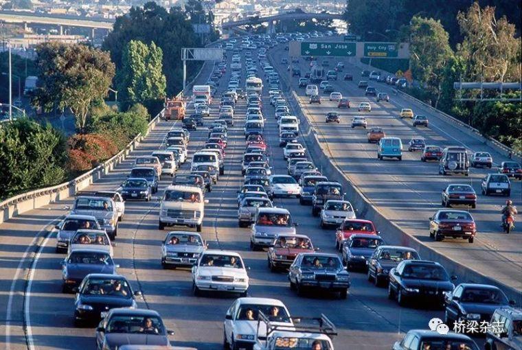 14亿美元重建美国I-35W州际公路