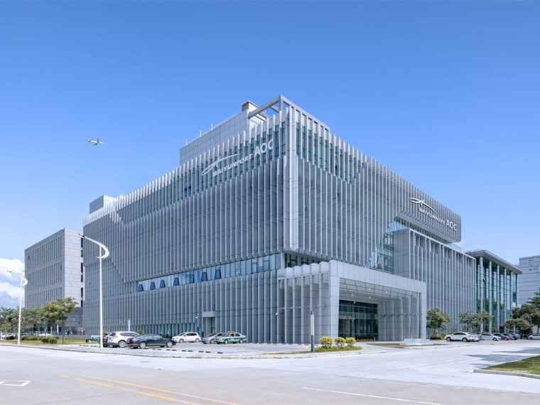 广州白云国际机场综合信息大楼