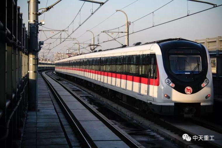 地铁盾构工法施工技术应用与探析