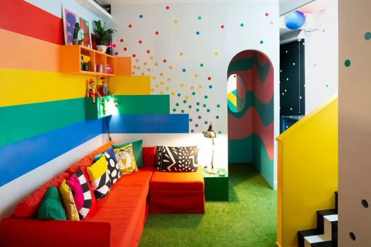 室内设计超夸张的七彩二居室仿佛生活在彩虹里