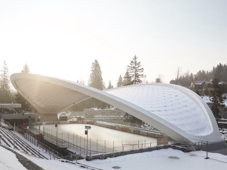 德国小城露天溜冰场