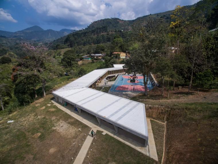 哥伦比亚MiguelValencia教育机构