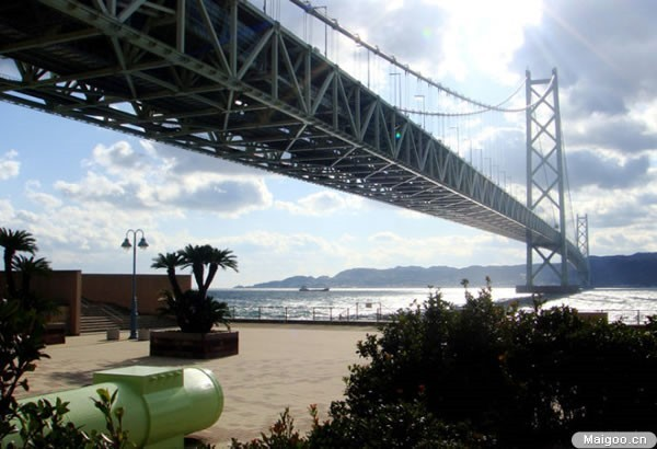 世界十大悬索桥实例介绍与分析