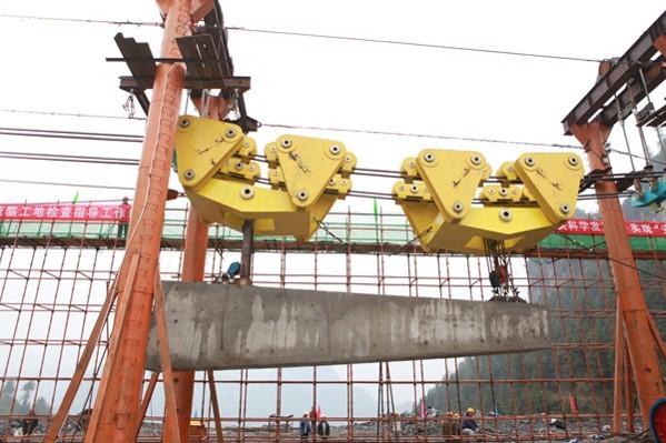 悬索桥的受力分析与施工控制