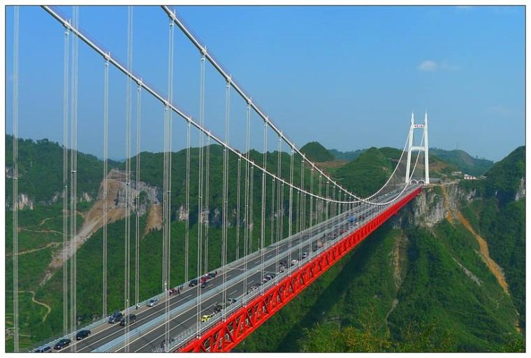悬索桥的历史与发展及实例分析