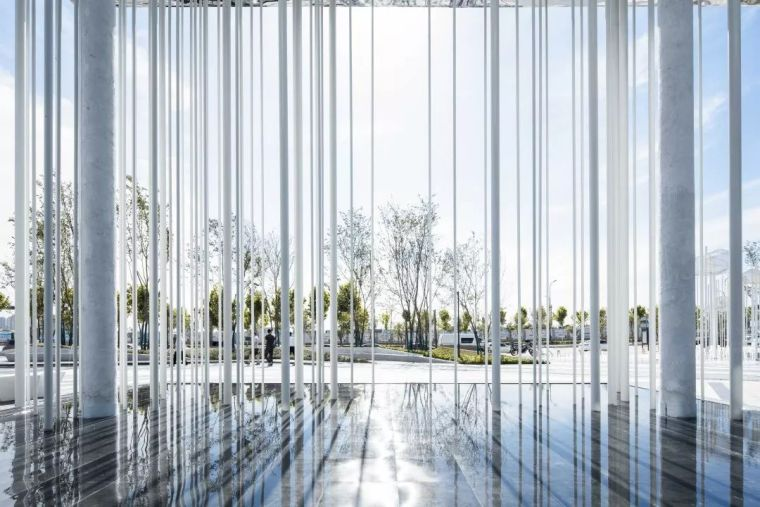 荷于景观作品|中南上悦城——自由呼吸的光之森林