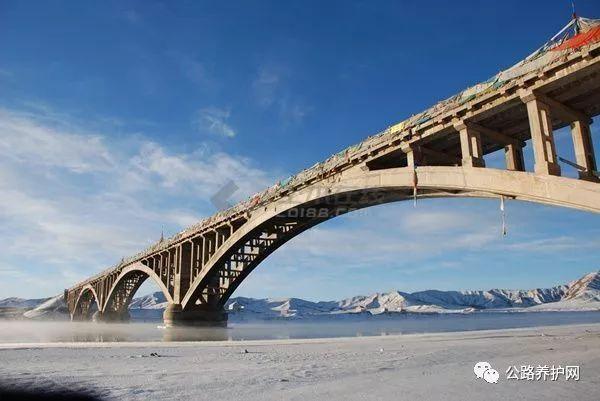 桥梁支座的养护与更换