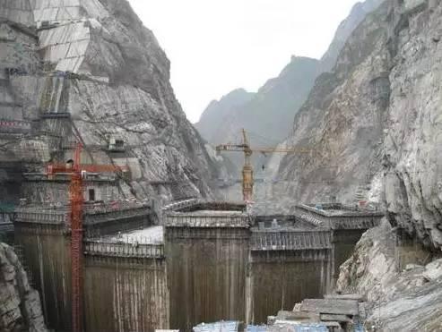 水电站大坝是如何实现防洪泄洪的?