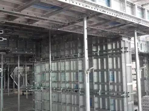 铝模板循环使用很重要,旧板使用前这些流程少不了