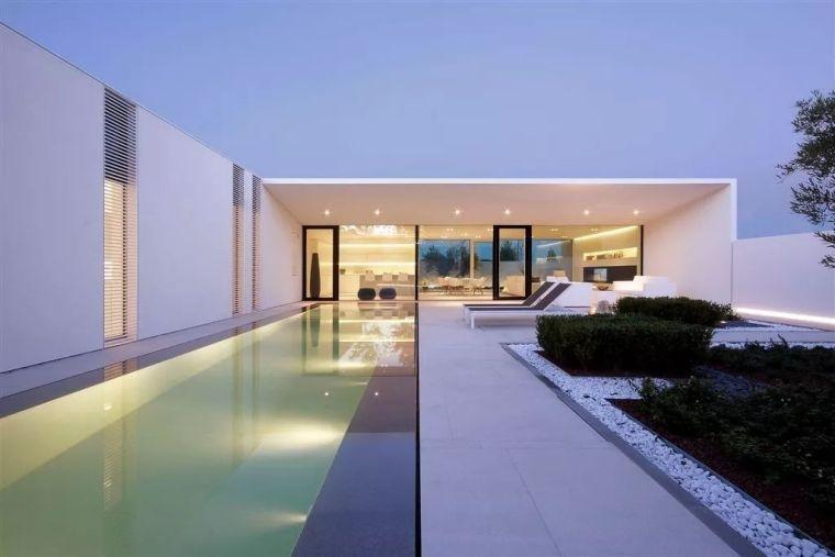 海滨浴场泳池别墅