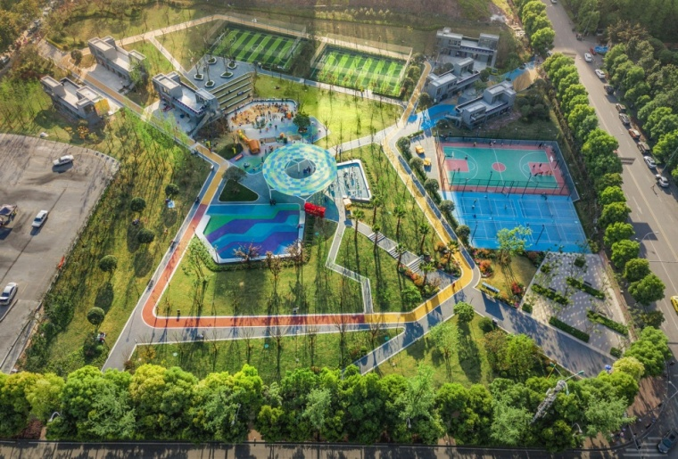035-chongqing-xinhu-north-sports-culture-park-in-china-by-gvl-960x650