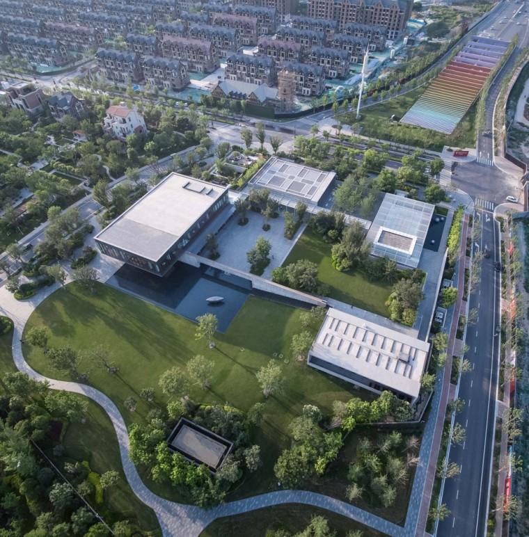 郑州普罗理想国艺术文化中心-02_建筑俯瞰