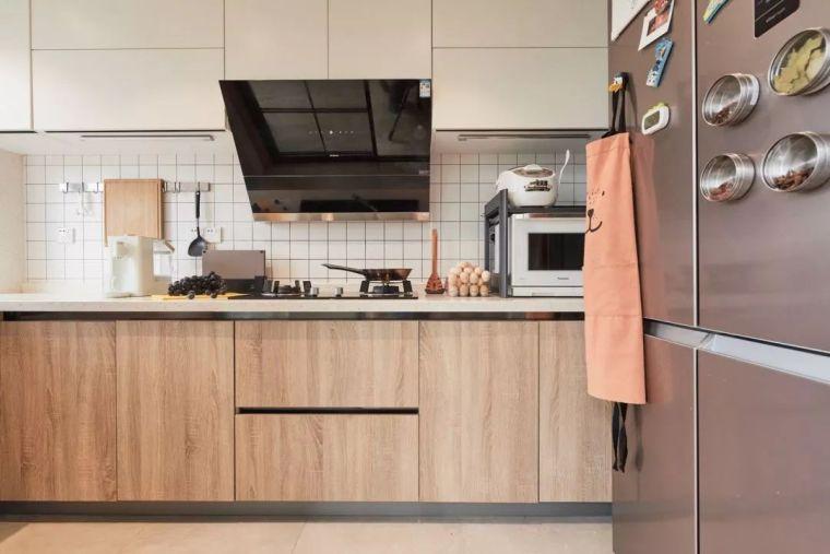 北欧清新的顶层小复式住宅-526ba48cbeff1de6611829e65f0d873b