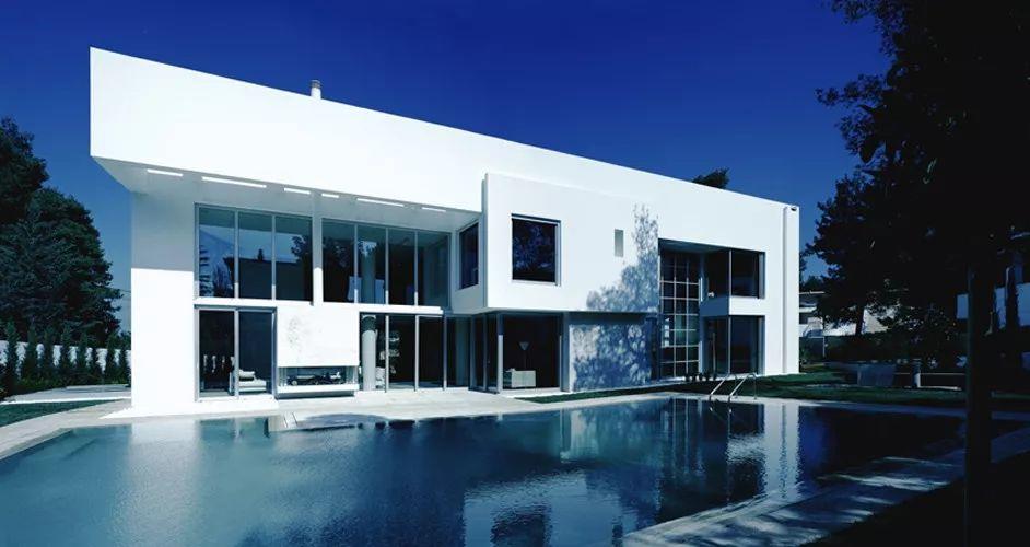 现代曲面创意别墅-建筑方案-土木资料网建筑设计