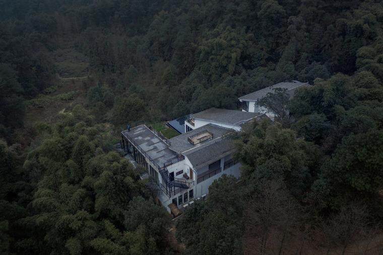 重庆虎峰山寺下山隐民宿-05-Hufeng-Mountain-Guest-House_Yueji-Design