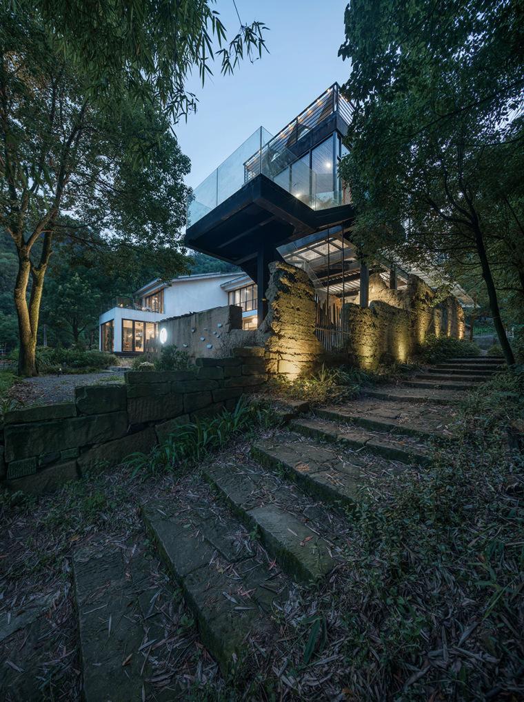 重庆虎峰山寺下山隐民宿-07-Hufeng-Mountain-Guest-House_Yueji-Design