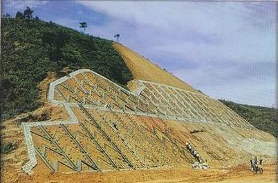 路基高边坡开挖及防护安全专项施工技术方案与路基防护与加固