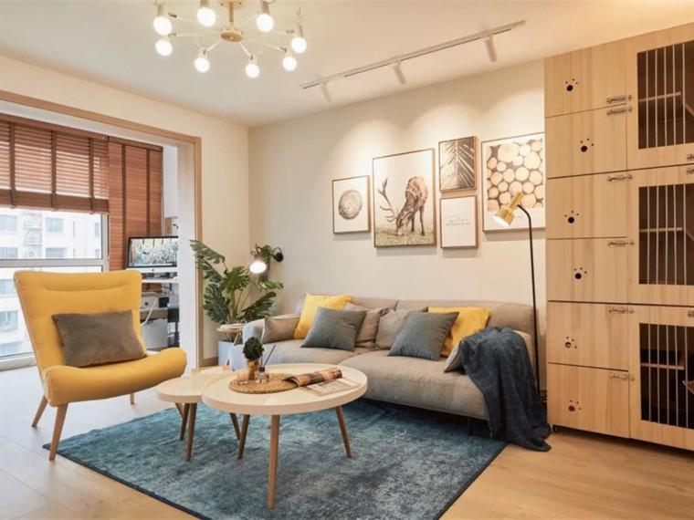 北欧清新的顶层小复式住宅