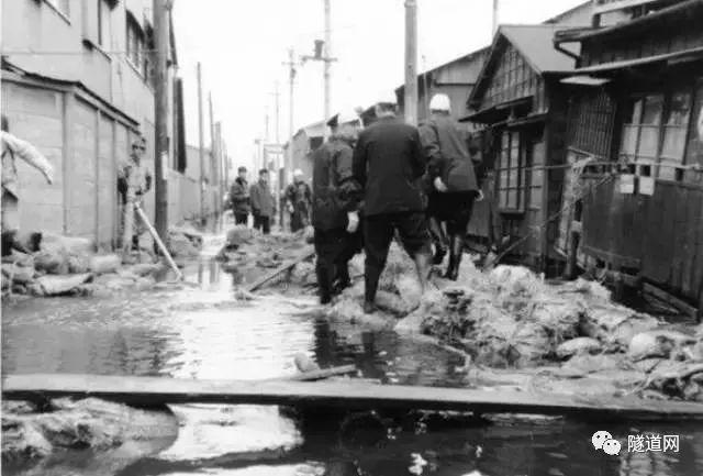 """城市防洪探索不止!看看日本""""地下神殿""""如何抵御城市雨水"""