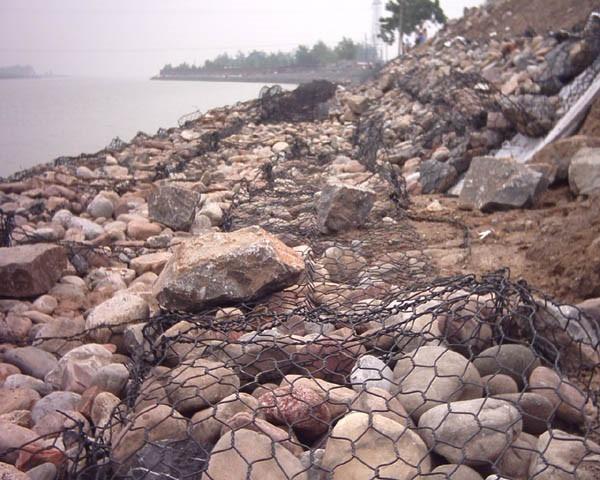 路基防护与换填法、排水固结等加固方法