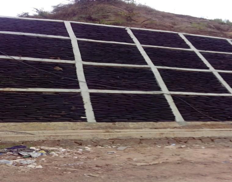 路基上边坡防护之锚杆框架梁施工技术
