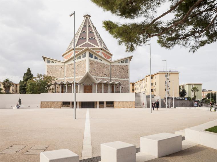 意大利圣弥额尔广场改造