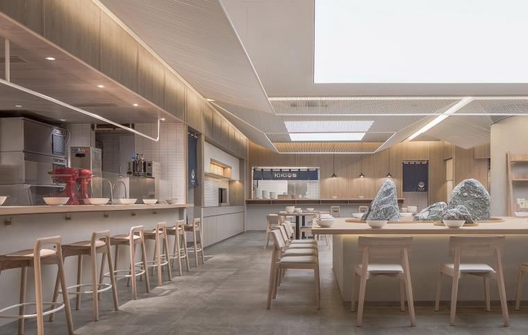 7天最热丨室内周周精选案例(8月12日~16日合辑)-07-kiki-noodle-house-china-by-golucci-interior-architects