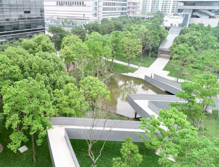 上海MOMA博物馆海滨公园-P0003