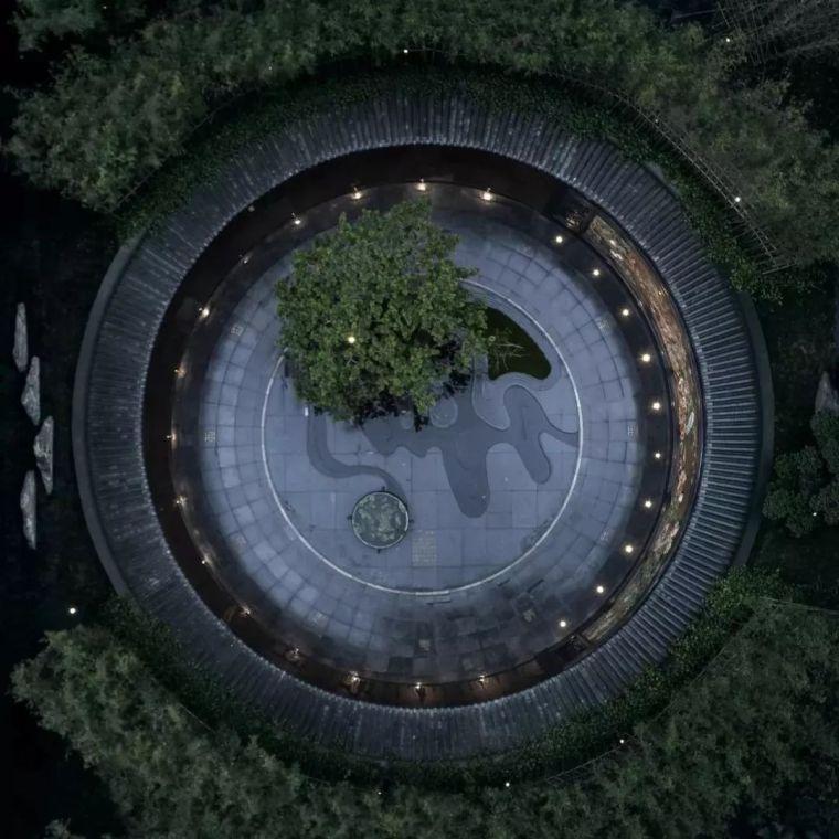 一座现代写意岭南园林|广州建发·央玺
