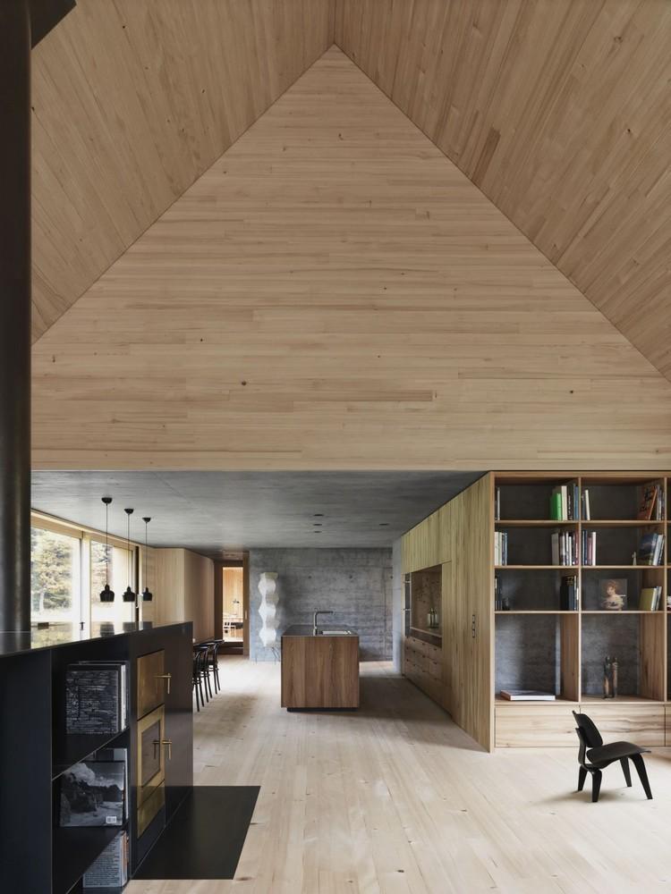 奥地利旷野中的住宅-Living_Haus_am_Moor