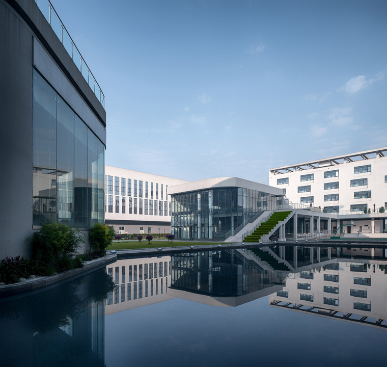 53-the-first-stage-production-base-of-chengdu-chipscreen-medicine-industry-china-yuanism-architects-cpidi
