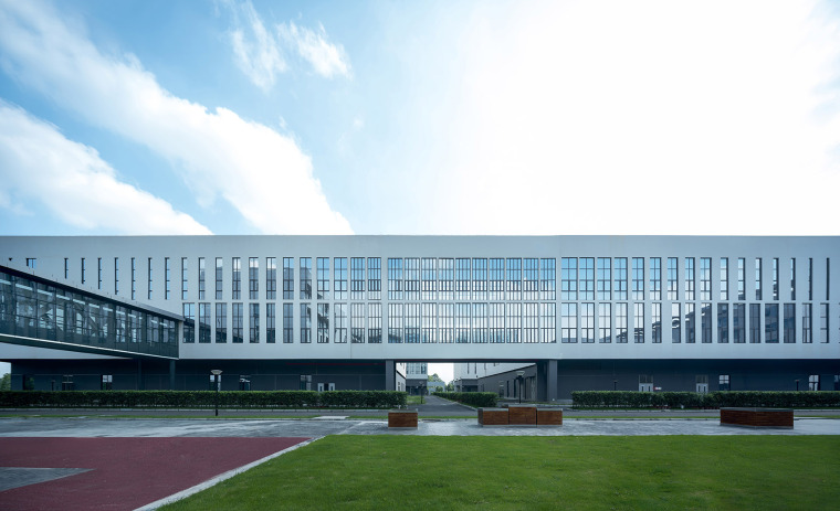 55-the-first-stage-production-base-of-chengdu-chipscreen-medicine-industry-china-yuanism-architects-cpidi