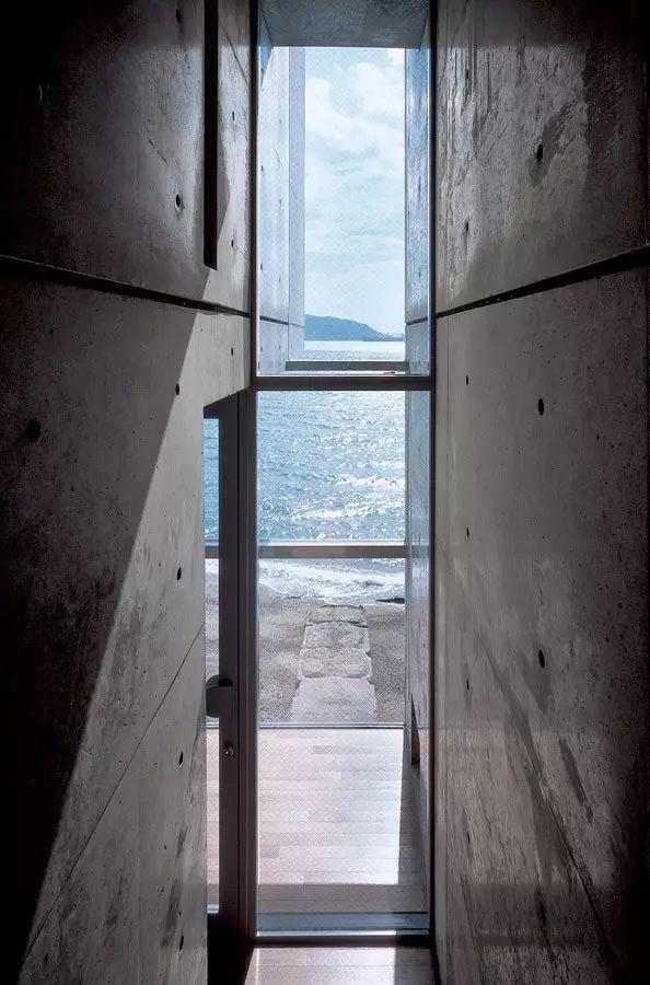 读者票选NO.1的安藤忠雄,设计了一对海边双子楼,用来感悟人生_10