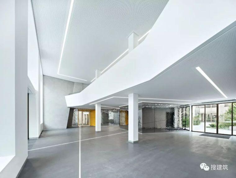 焕发活力的新办公楼设计_15